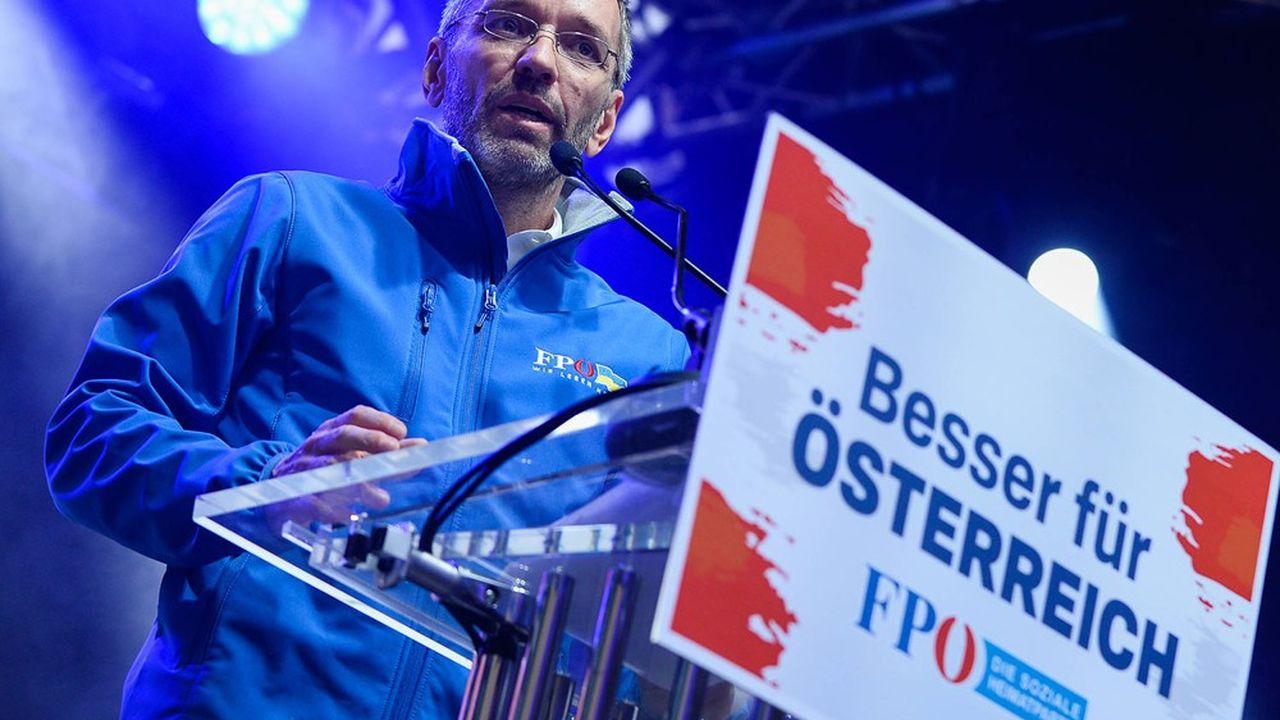 L'ancien ministre autrichien de l'Intérieur, Herbert Kickl, un des chefs du FPÖ, un parti d'extrême droite, a dû reconnaître la sévère défaite essuyéepour son parti lors des élections municipales de dimanche à Vienne.