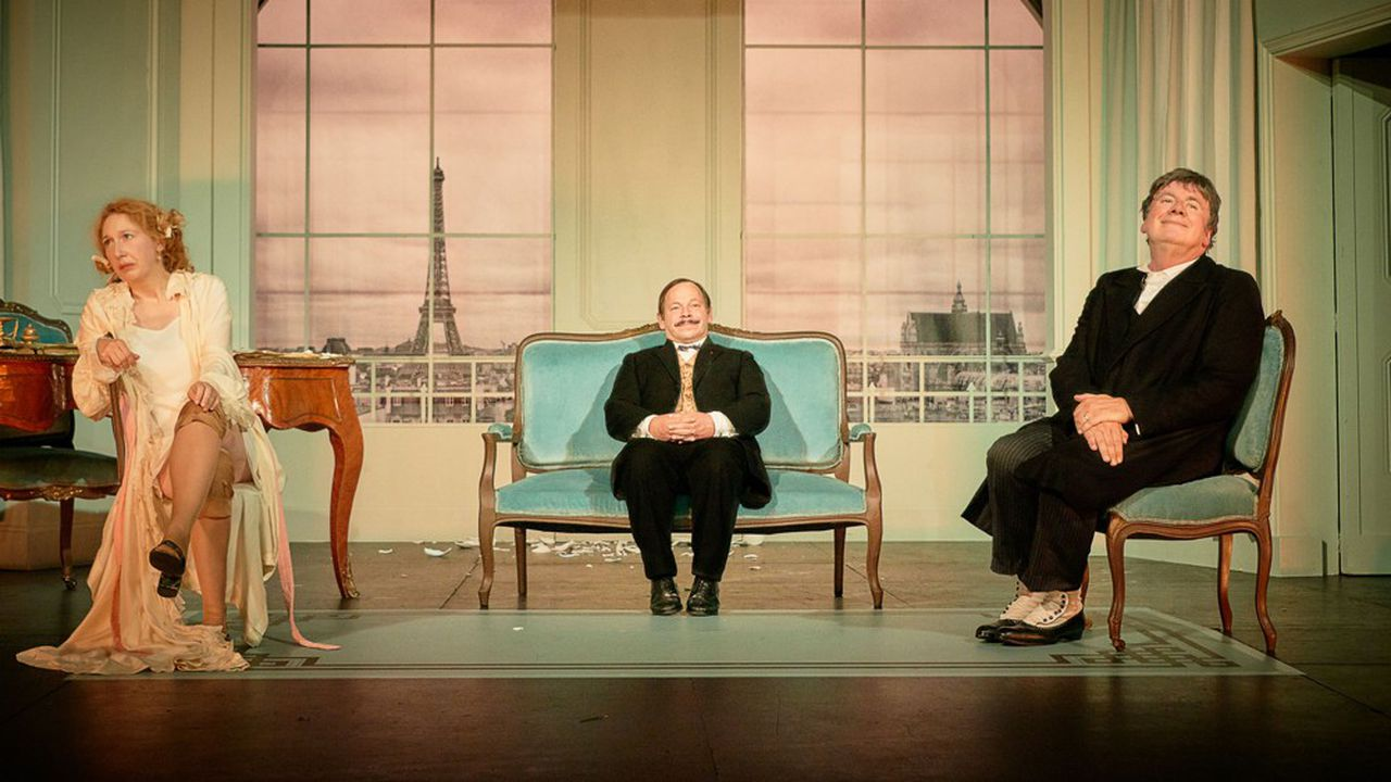 Julie Follavoine (Emeline Bayart), Chouilloux (Manuel Le lièvre) et Bastien Follavoine (Eric Prat).