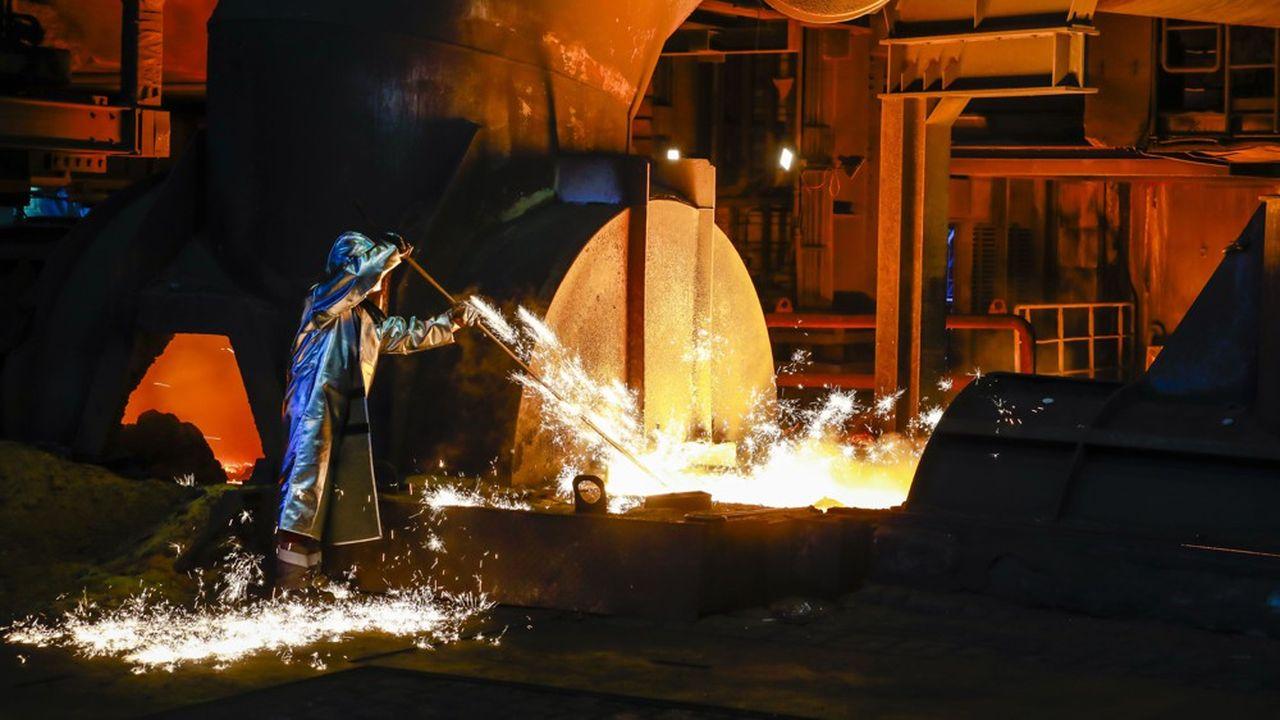 Cette branche sidérurgique, héritière lointaine de la Grosse Bertha, suscite quelques intérêts malgré son déficit et l'échec l'an dernier de sa fusion avec Tata, stoppée par Bruxelles.