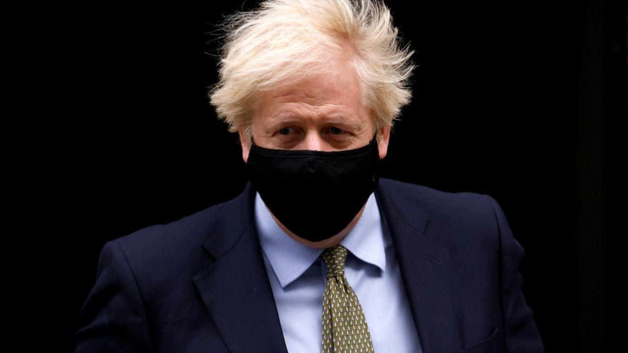 «Il est curieux qu'après 45 ans d'appartenance à l'UE, les Européens refusent de nous donner ce qu'ils ont offert au Canada», a regretté le Premier ministre britannique dans une brève allocution télévisée.
