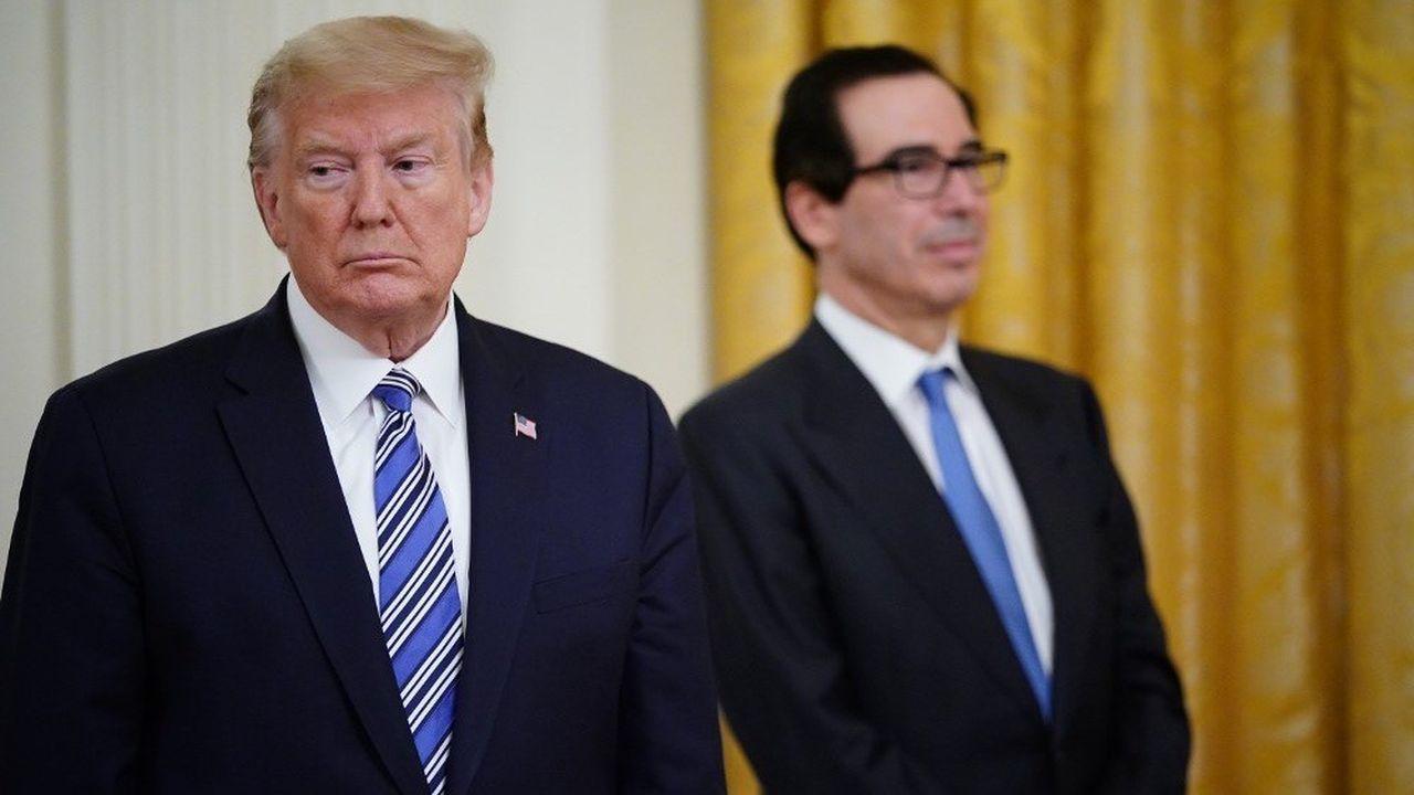 Le montant du déficit budgétaire américain a été annoncé par le Département du Trésor, dirigé par Steve Mnuchin (en arrière-plan).