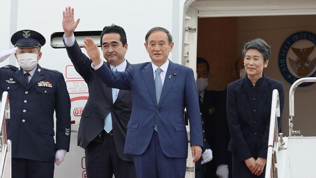 C'est en Asie du Sud-Est que le nouveau Premier ministre japonais, Yoshihide Suga, a entamé dimanche sa première tournée diplomatique.