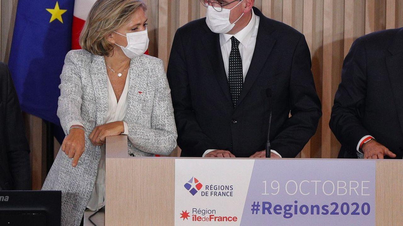 Valérie Pécresse, la présidente de la région Ile-de-France, et Jean Castex, le Premier ministre, lundi au Congrès de régions de France.