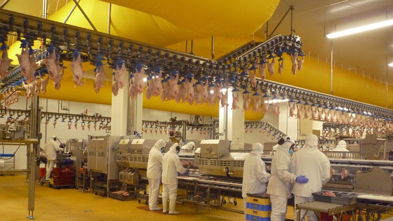 L'ancien site a été construit il y a cinquanteans, à une époque où les poulets entiers représentaient 90% de la consommation, fait valoir l'industriel.