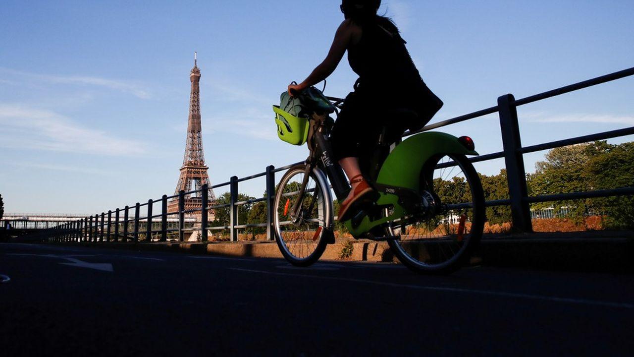 Les Vélib' parisiens ont totalisé 5,4millions de trajets en septembre dernier, avec un record historique de 215.000 courses en une seule journée le 11septembre.