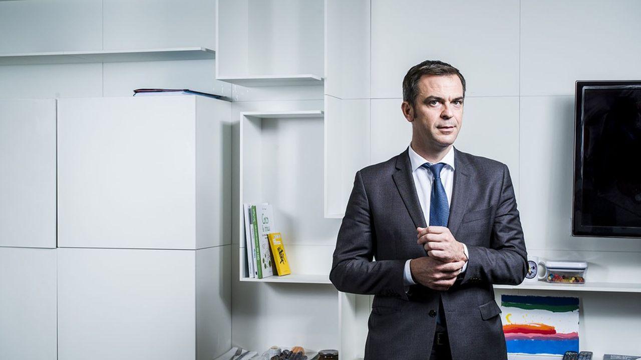 Le ministre de la Santé, Olivier Véran, annonce des financements supplémentaires pour l'hôpital.
