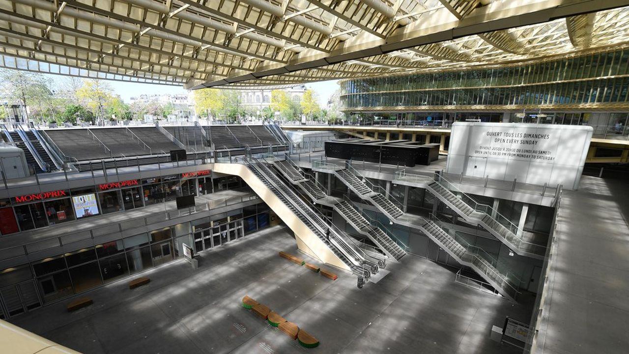 La fréquentation des grands centres-commerciaux est loin d'avoir retrouvé son niveau d'avant le confinement (ici le Forum des Halles à Paris).