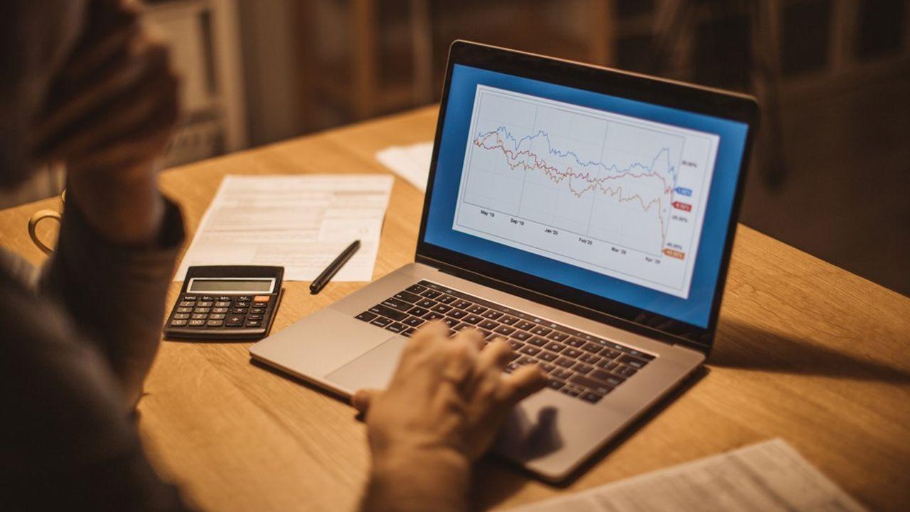 Encore peu connus du grand public, les ETF (Exchange Traded Funds), aussi désignés sous le terme de « trackers », prennent peu à peu leur place dans le patrimoine financier des ménages.