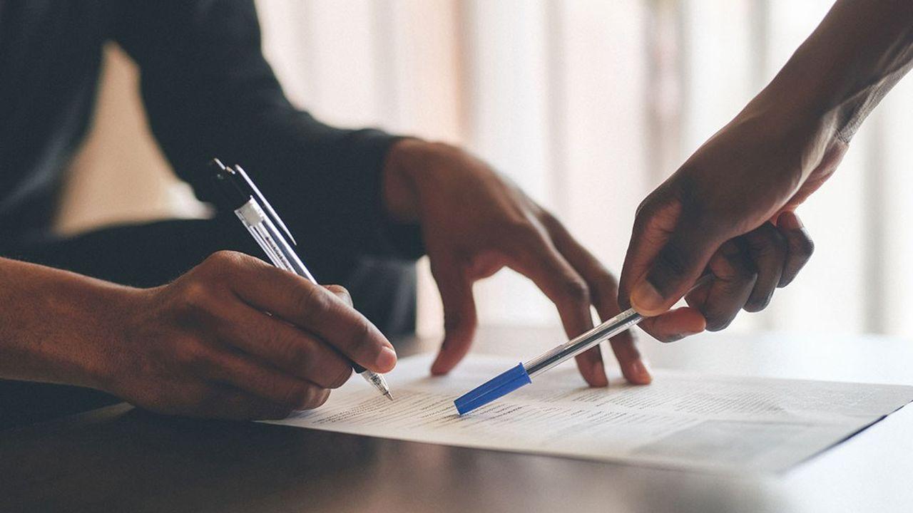 La FFA relève que «les assurés qui souscrivent à de nouveaux contrats d'assurance-vie ou qui abondent leurs contrats existants continuent à investir sur des supports unités de compte».