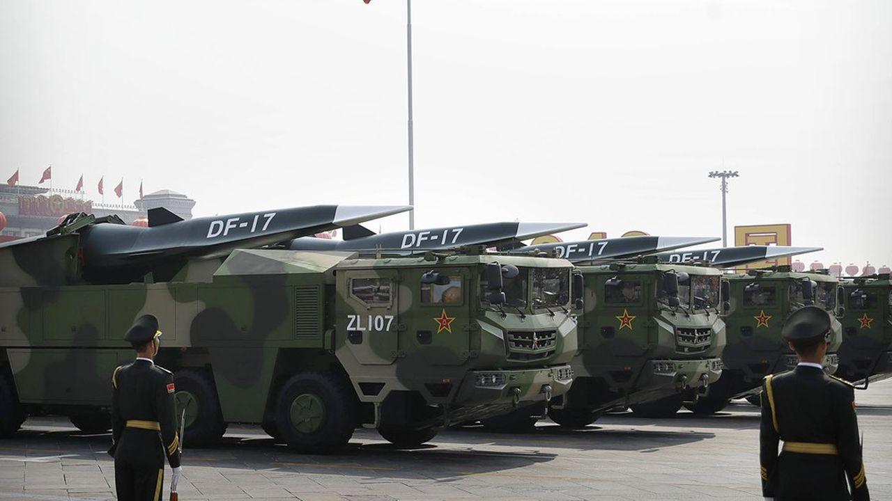 La Chine a décidé de renforcer sa défense pour contrer toute éventuelle «invasion». Elle ainsi déployé des missiles hypersoniques DF-17 qui avaient été présentés à Pékin lors de la commémoration du 70e anniversaire de la Chine populaire le 1eroctobre 2019.
