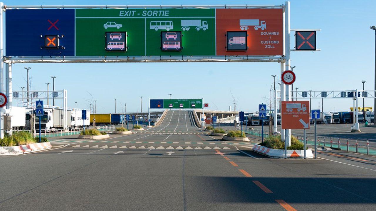 Les ports de Calais et de Dunkerque ainsi que les opérateurs - compagnies de ferrys et Eurotunnel - ont adapté leurs infrastructures.