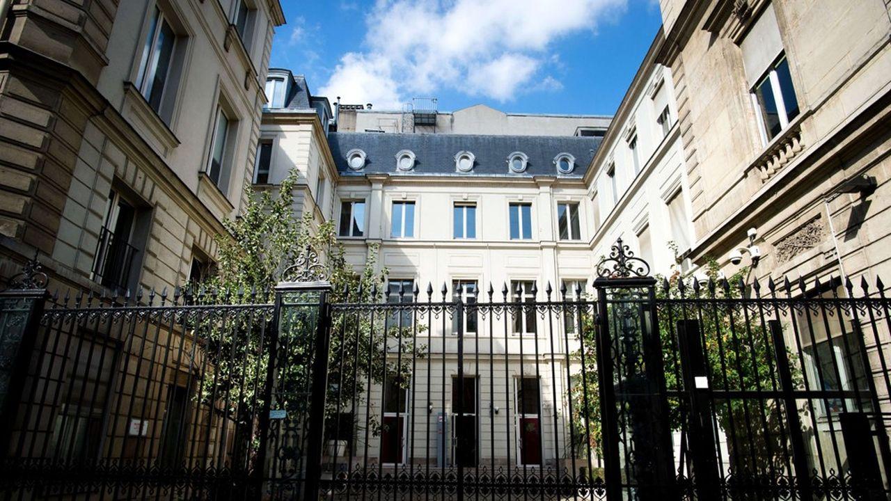Le 10, rue de Solferino (ici en 2017 avant le début des travaux) n'a pas seulement été le siège du PS. Construit en 1772 - pour sa partie la plus ancienne -, l'hôtel particulier a été la propriété du baron de Staël-Holstein ou encore d'Albert de Broglie, président de Saint-Gobain.