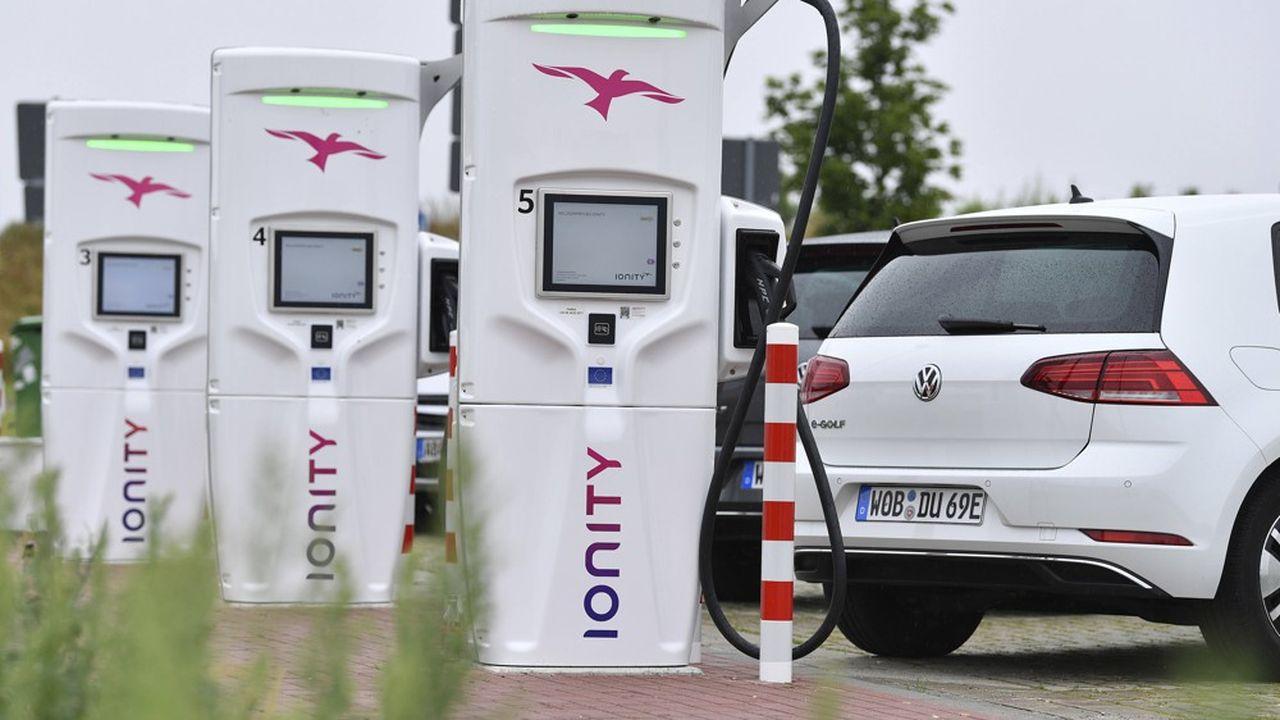 Le réseau Ionity de recharge rapide sur autoroute, créé par les constructeurs allemands en 2017, compte aujourd'hui 287stations opérationnelles et 60 en construction.