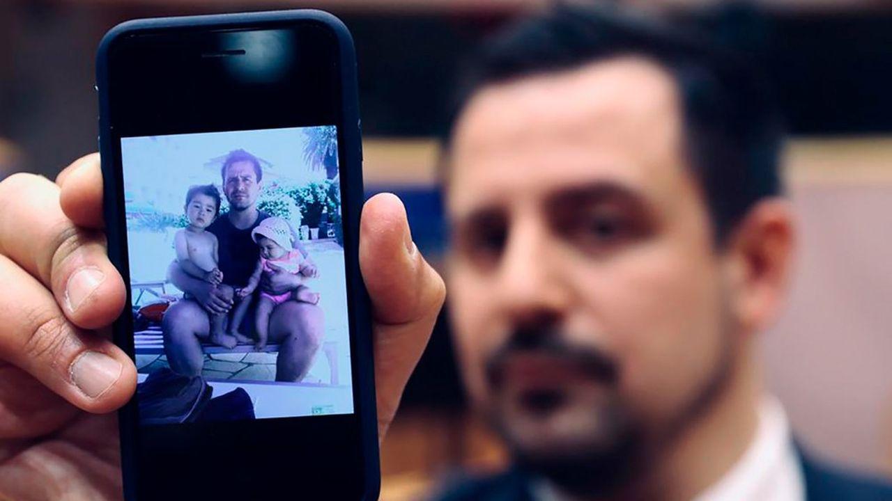 Tommaso Perina, expatrié italien au Japon, se bat depuis quatre ans pour revoir ses enfants.