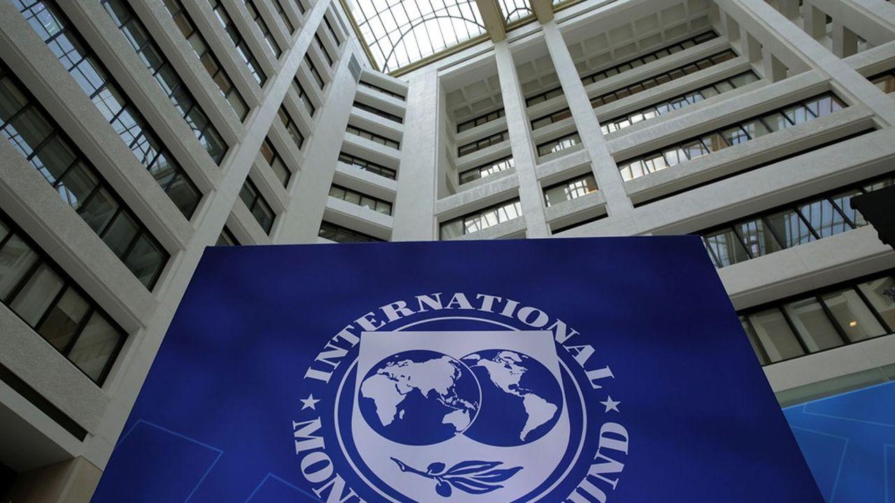 Dans son dernier rapport de stabilité financière, le FMI recommande de ne pas desserer les mesures temporaires de suspension du versement de dividendes bancaires.