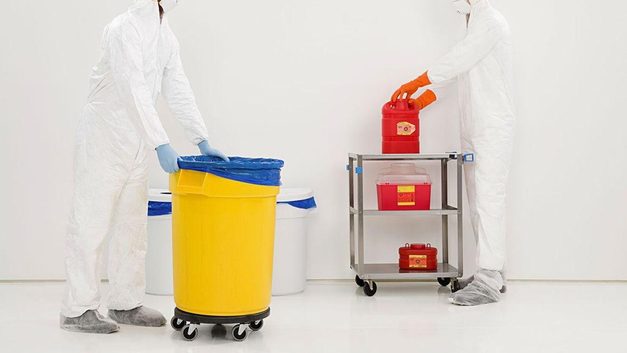 Le plan santé-environnement veut notamment renforcer la lisibilité de l'étiquetage des produits ménagers, faire respecter les obligations d'affichage de la présence de nanomatériaux dans les produits de la vie courante ou sensibiliser sur la qualité de l'air intérieur des logements.