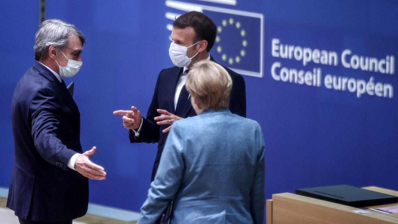 Lors du dernier Conseil européen à Bruxelles, le président français Emmanuel Macron et la chancelière Angela Merkel ont discuté avec le président du Parlement européen David Sassoli.