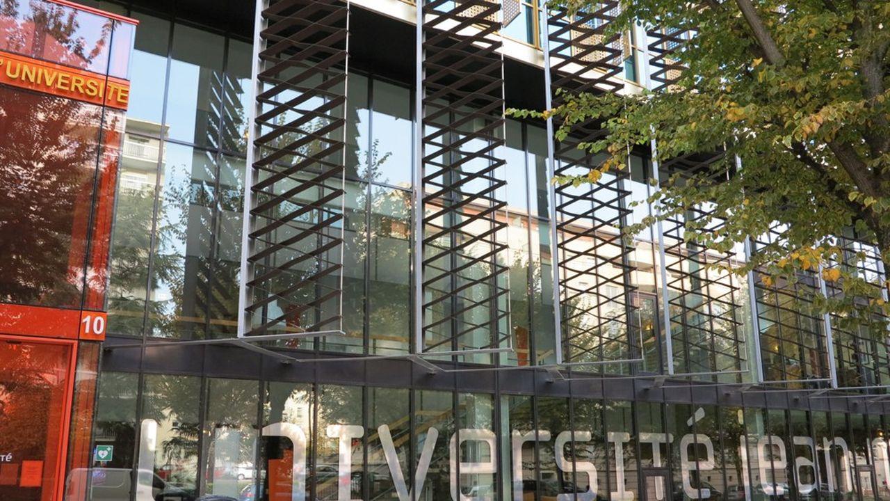 La fusion de l'Université Jean Monnet de Saint-Etienne avec ses homologues de Lyon 1 et Lyon 3, ainsi qu'avec l'ENS de Lyon, ne se fera pas.