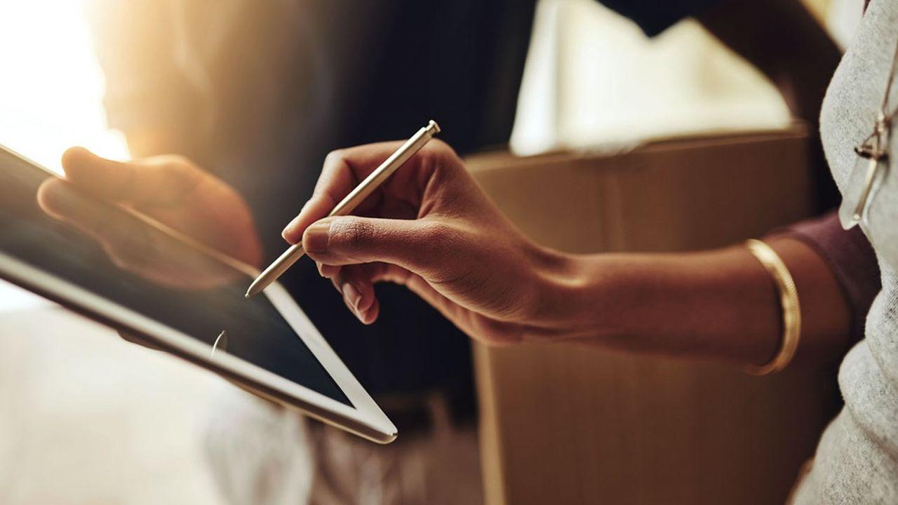 Dans le monde de l'entreprise et sous presque toutes les législations, une signature électronique a la même valeur qu'un autographe manuscrit.