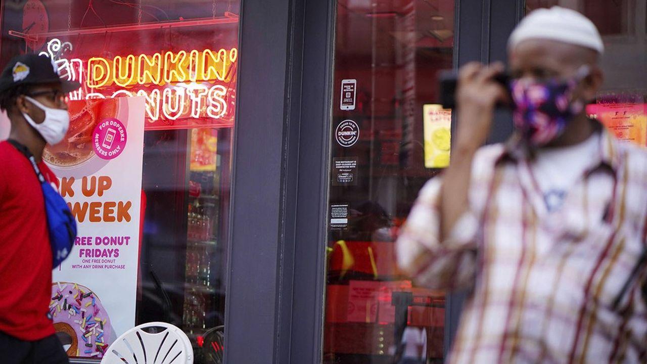 L'enseigne américaine Dunkin'et ses 21.000 points de vente pourraient changer de propriétaire.