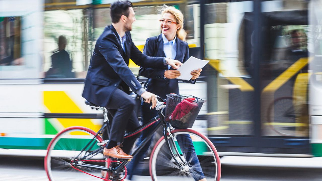 Achat de vélo, location de trottinette électrique ou encore frais de covoiturages peuvent être pris en charge par le nouveau forfait mobilités durables.