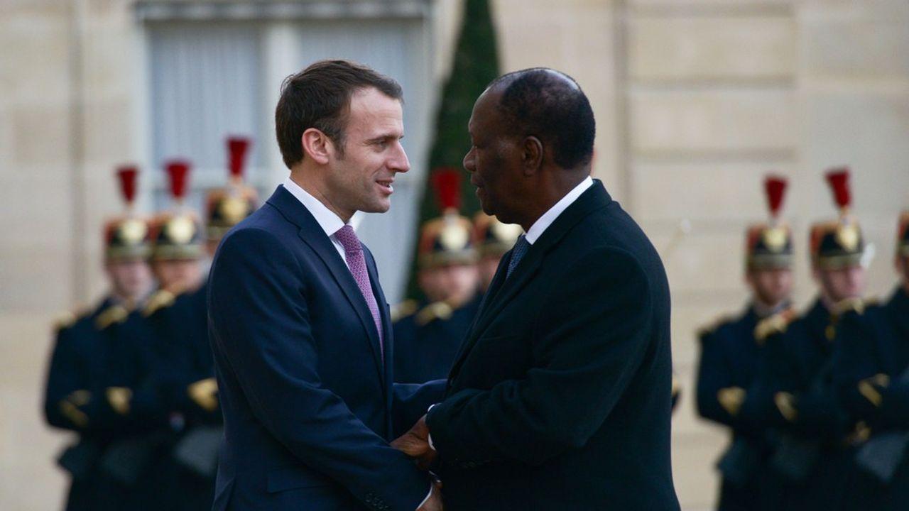 Le 15février 2019, le président français Emmanuel Macron recevait à l'Elysée son homologue ivoirien Alassane Ouattara qui, en dépit de ses déclarations alors, se représente au scrutin de samedi pour un troisième mandat.