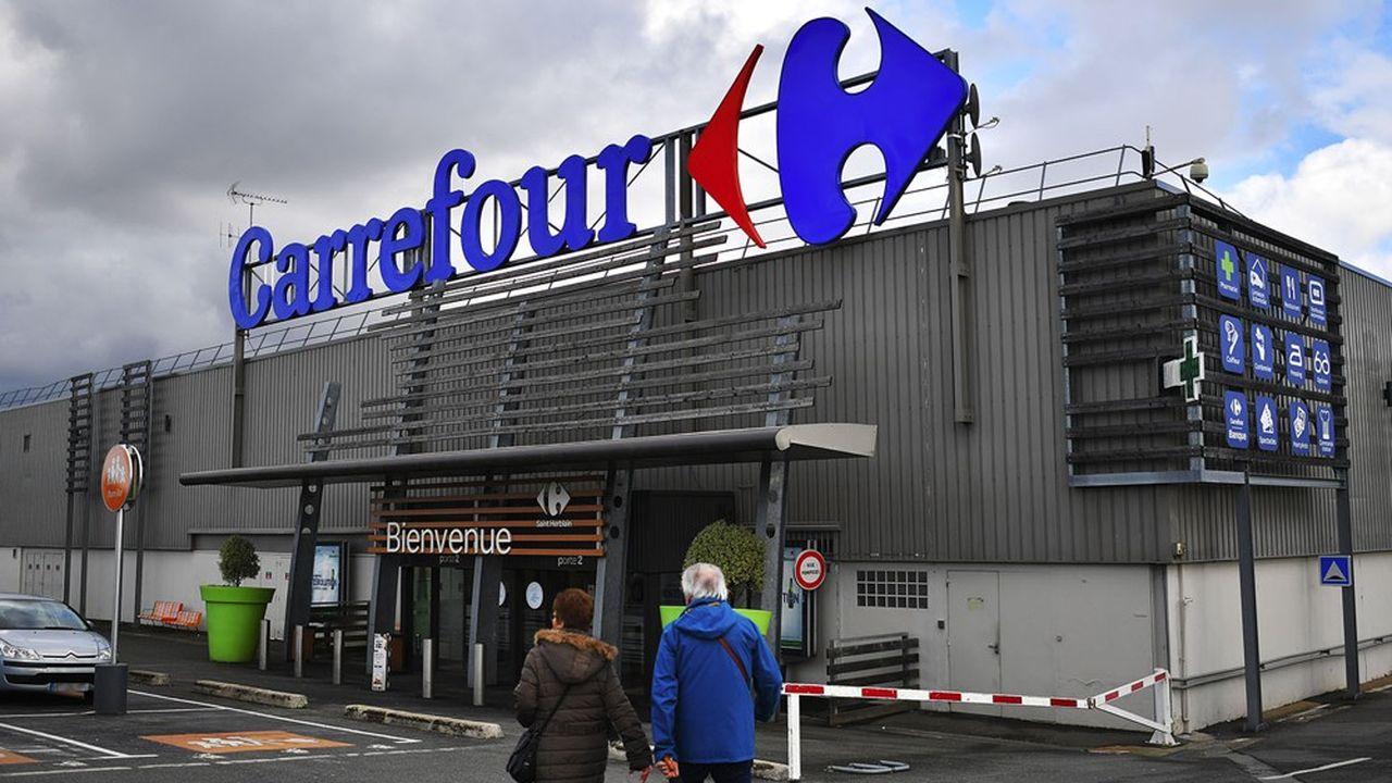 Les hypermarchés français de Carrefour repartent à la hausse.