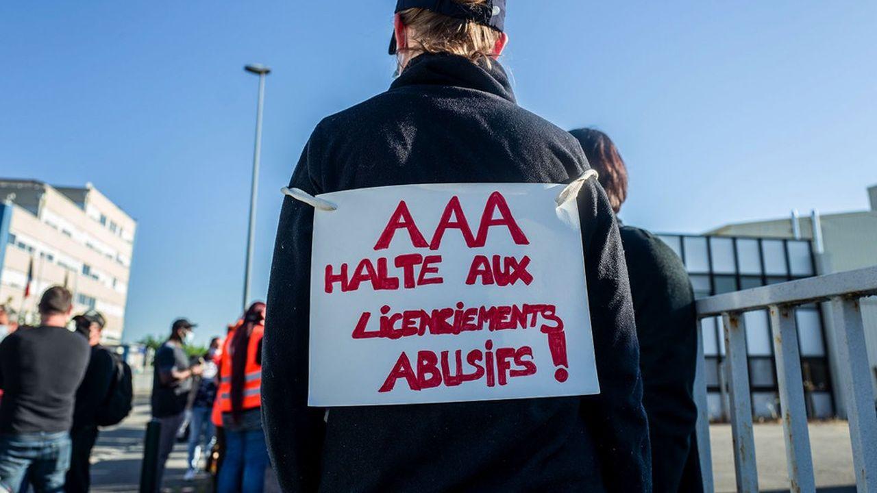 Employés de la société Assistance Aeronautique et Aerospatiale (AAA), sous-traitant d'Airbus.