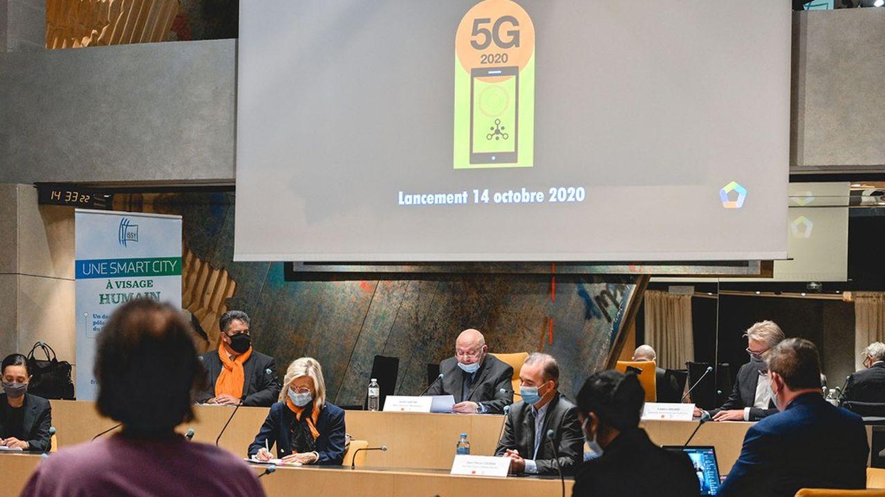 La ville d'Issy-les-Moulineaux, en partenariat avec Orange, vient de lancer le « challenge 5G » le 15 octobre dernier