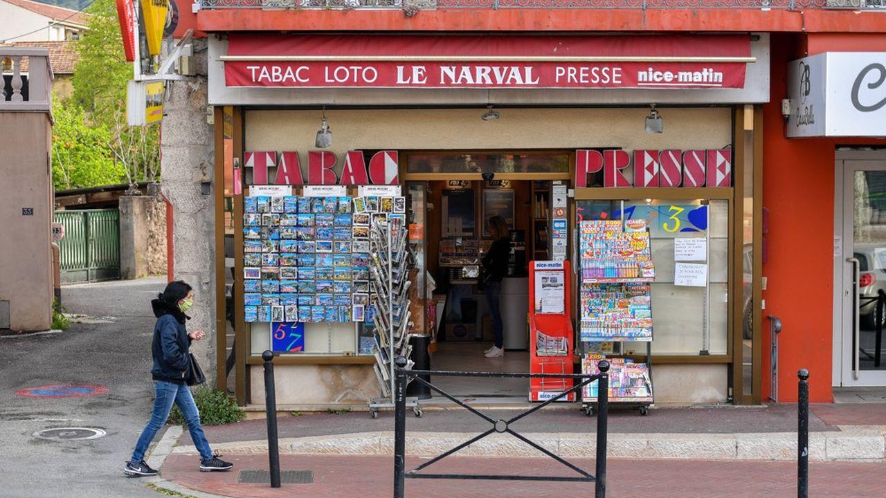 Au printemps, les bureaux de tabac faisaient partie des petits commerces jugés «essentiels».