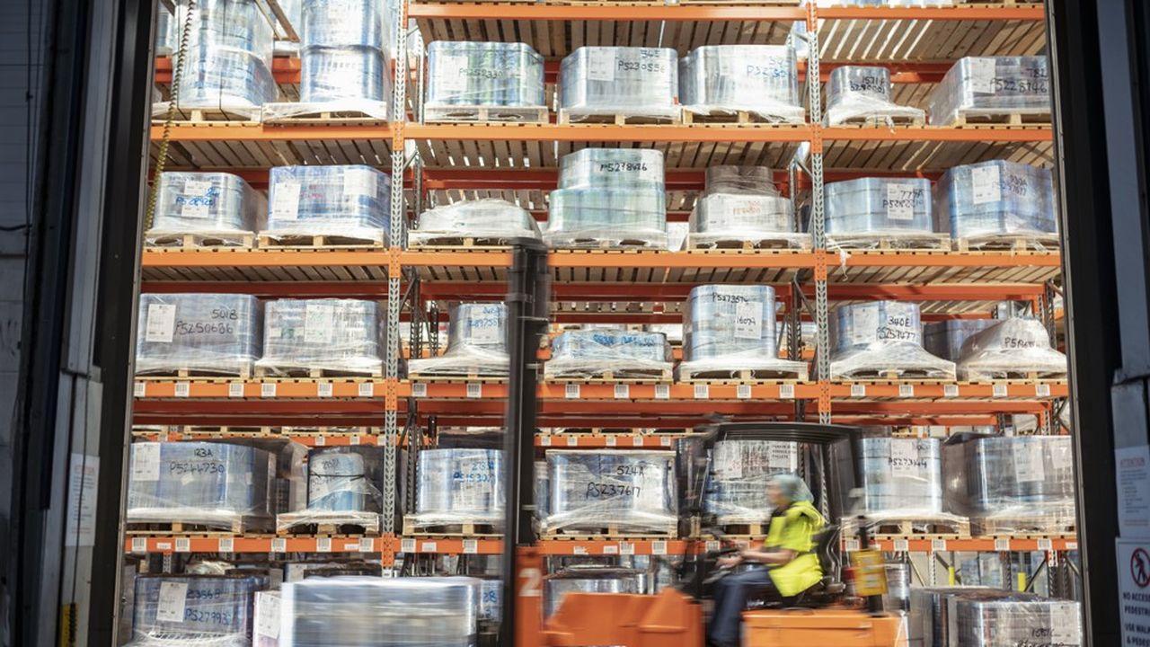 Le Girardin industriel est un dispositif qui vous permet de participer au financement de biens productifs - machines-outils, camions - destinés à des PME implantées outre-mer.