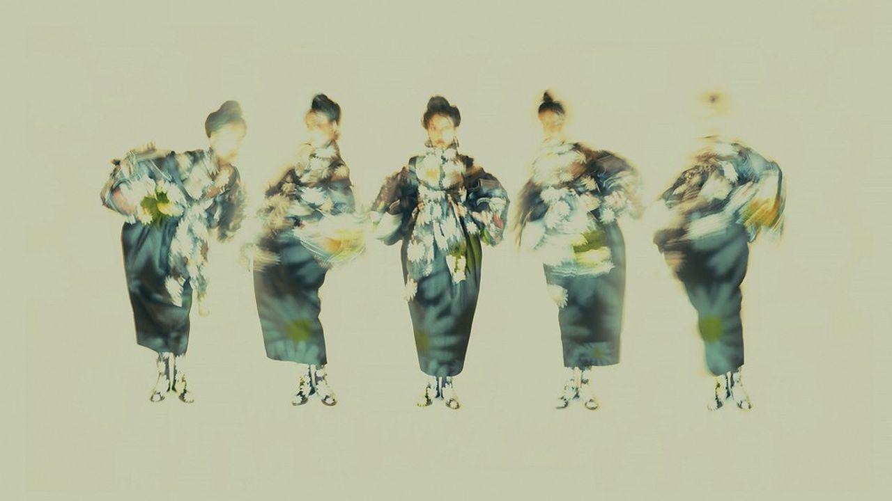 En octobre, le jury du prix Picto de la photo de mode, présidé par Sarah Moon, a récompensé le Vietnamien Chiron Duong.