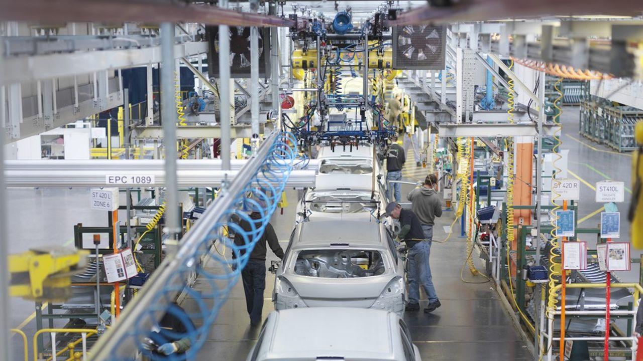 Les sous-traitants de l'automobile ont bénéficié de la reprise plus forte que prévu des ventes de véhicules.