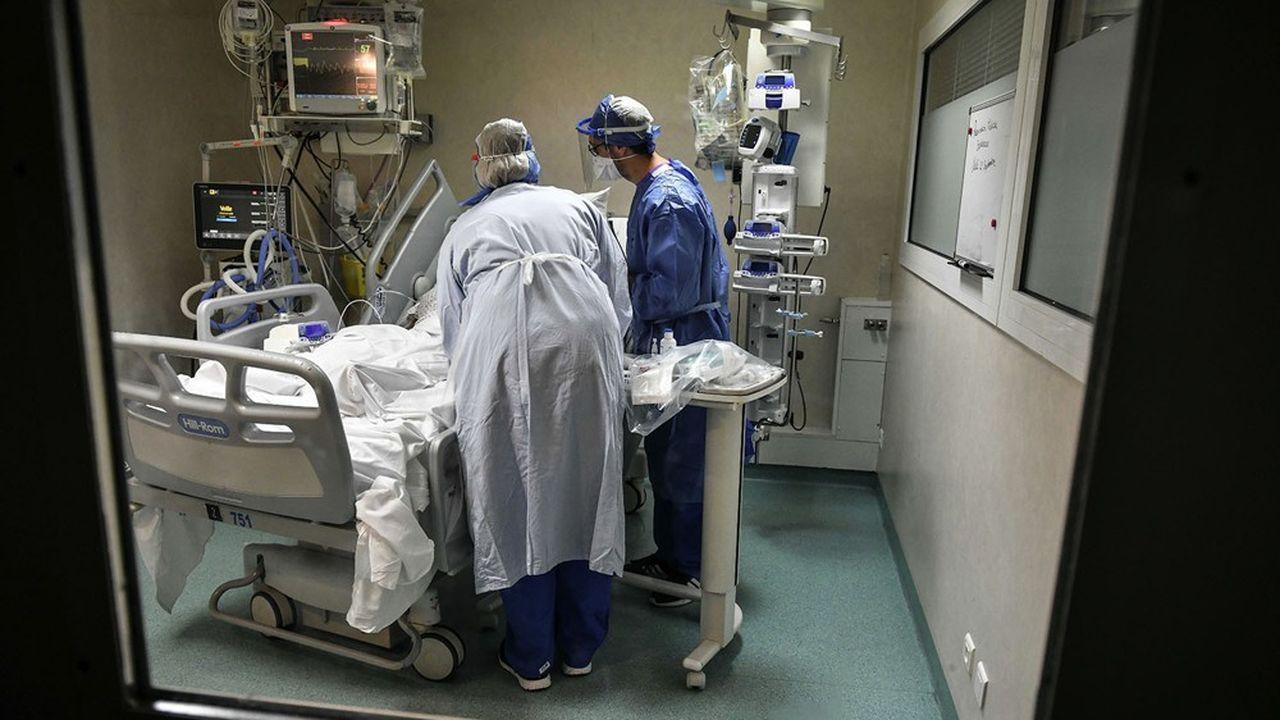 Reconfinement : les fournisseurs de matériel médical sur les nerfs | Les  Echos