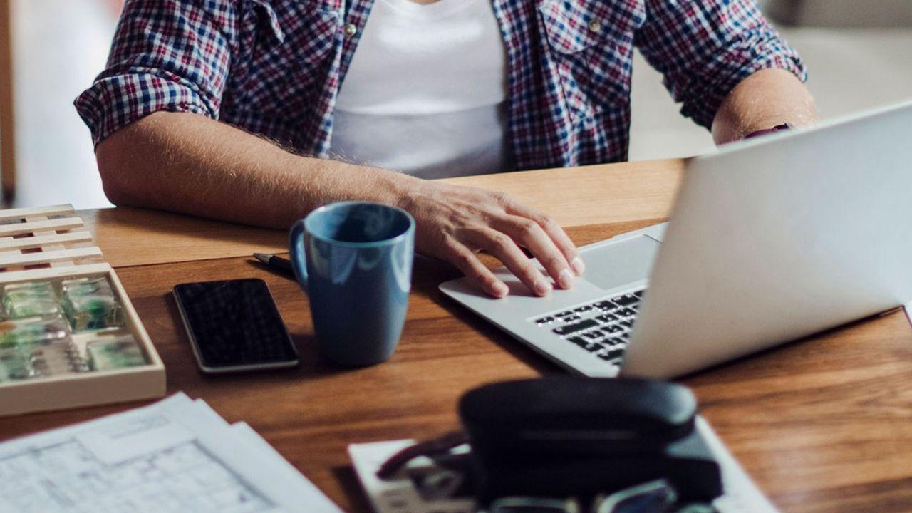 La présence sur le lieu de travail est l'un des plus simples et des plus imbéciles des indicateurs de contrôle.