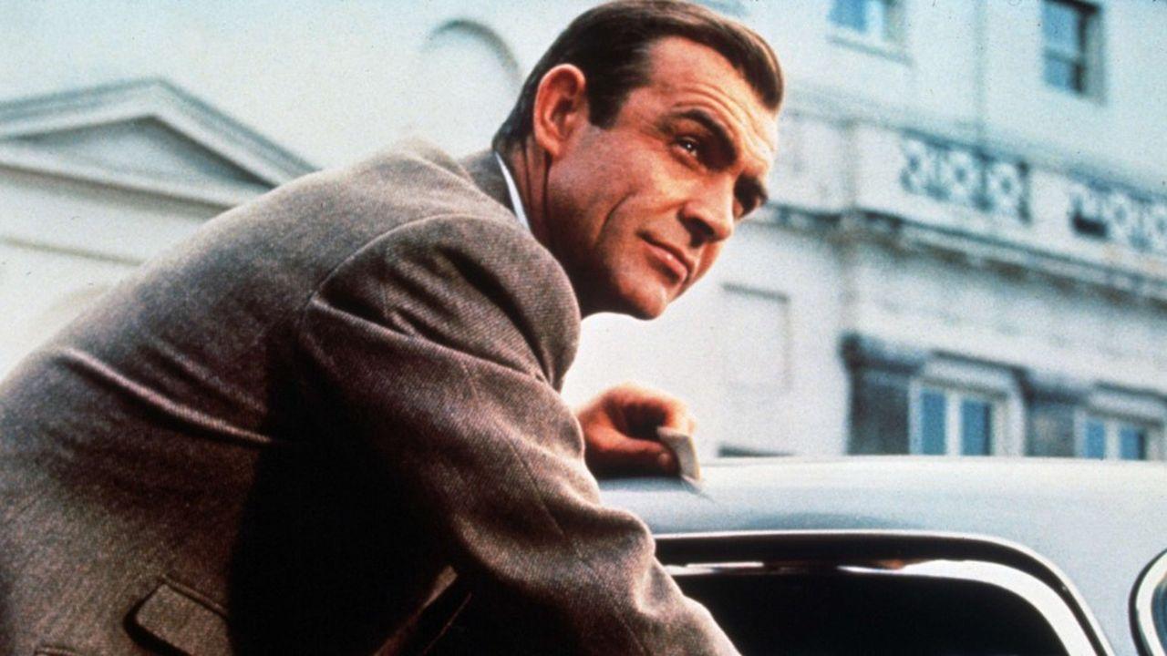 Sean Connery dans Goldfinger, en 1964.