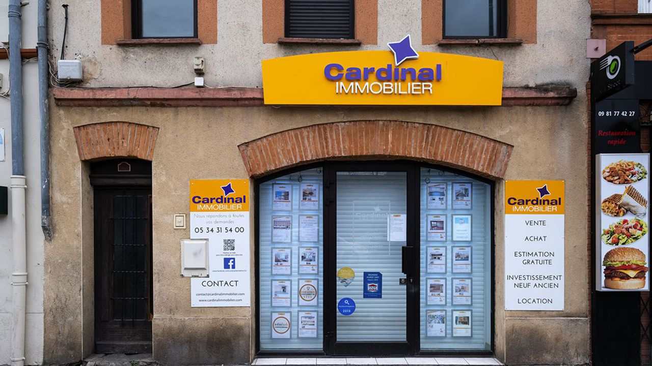 En raison du nouveau confinement, réseaux d'agence et autres intermédiaires immobiliers ont fermé leurs portes au public depuis vendredi.