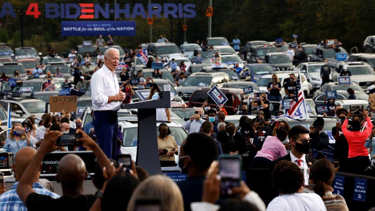 Joe Biden promet aux particuliers gagnant moins de 400.000dollars par an (28.000euros par mois) qu'ils ne paieront par un dollar d'impôts de plus.