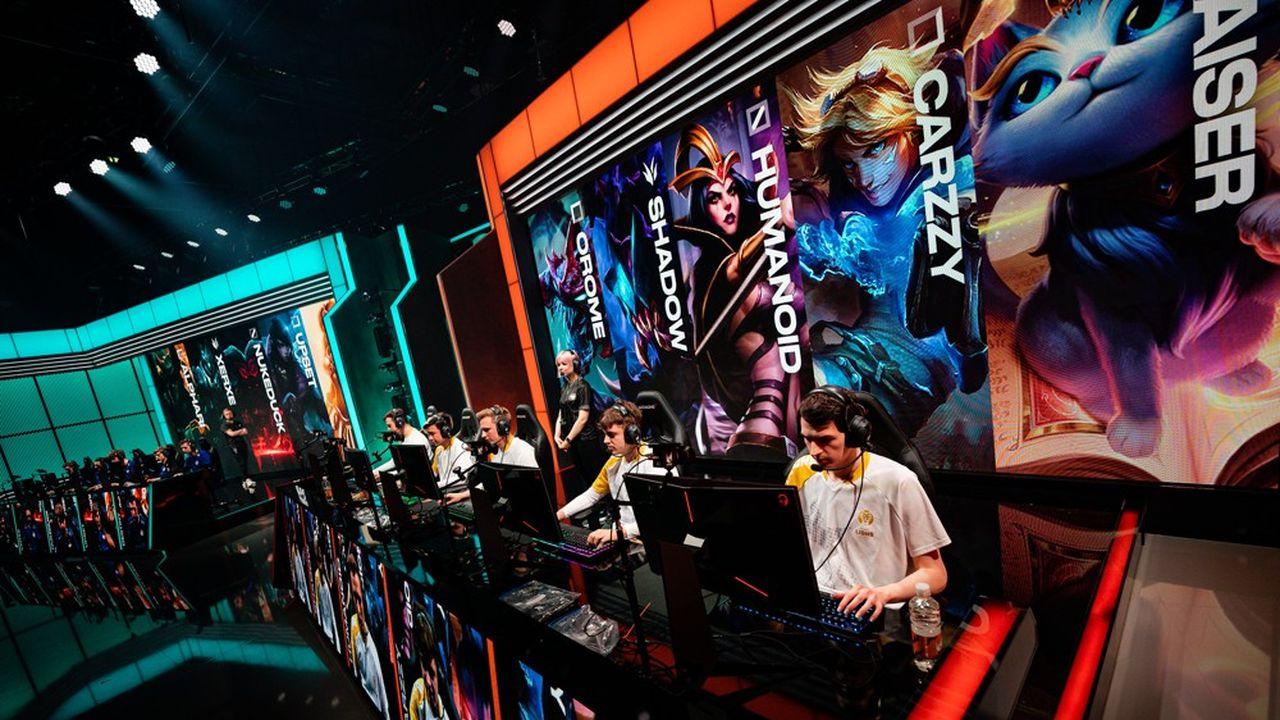 Des joueurs d'e-sport lors du championnat européen de League of Legends, en février 2020.