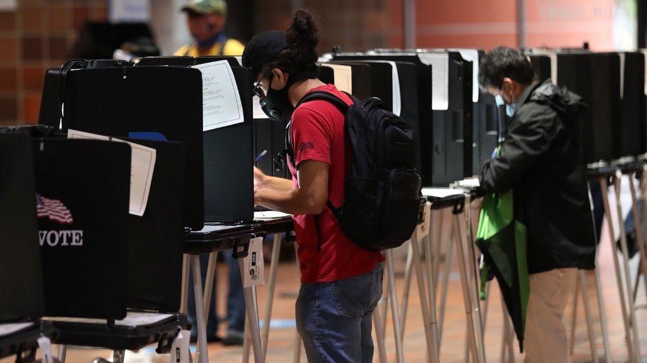 La Floride, qui apporte 29 grands électeurs au candidat qui s'y impose, fait partie des Etats les plus indécis avant le vote du 3novembre.
