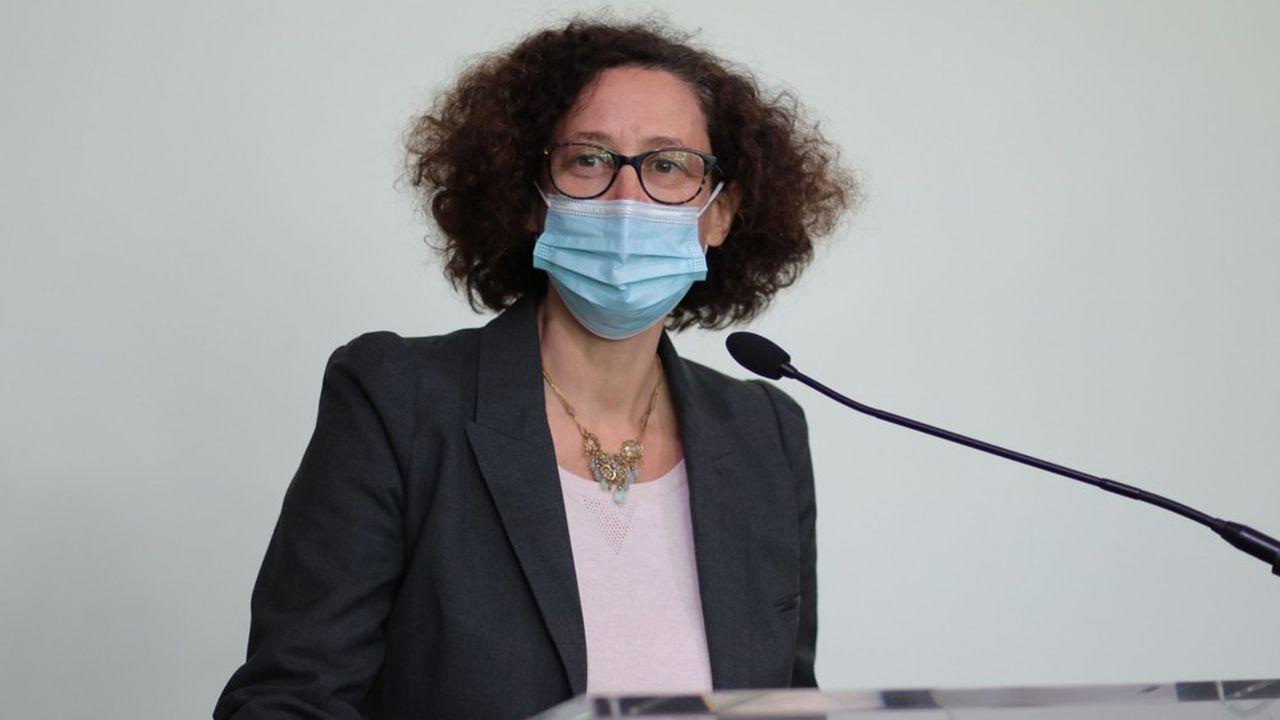 «Les déménagements restent autorisés […] dans le strict respect des mesures sanitaires, dans la limite de 6personnes maximum», a précisé Emmanuelle Wargon, la ministre du Logement.