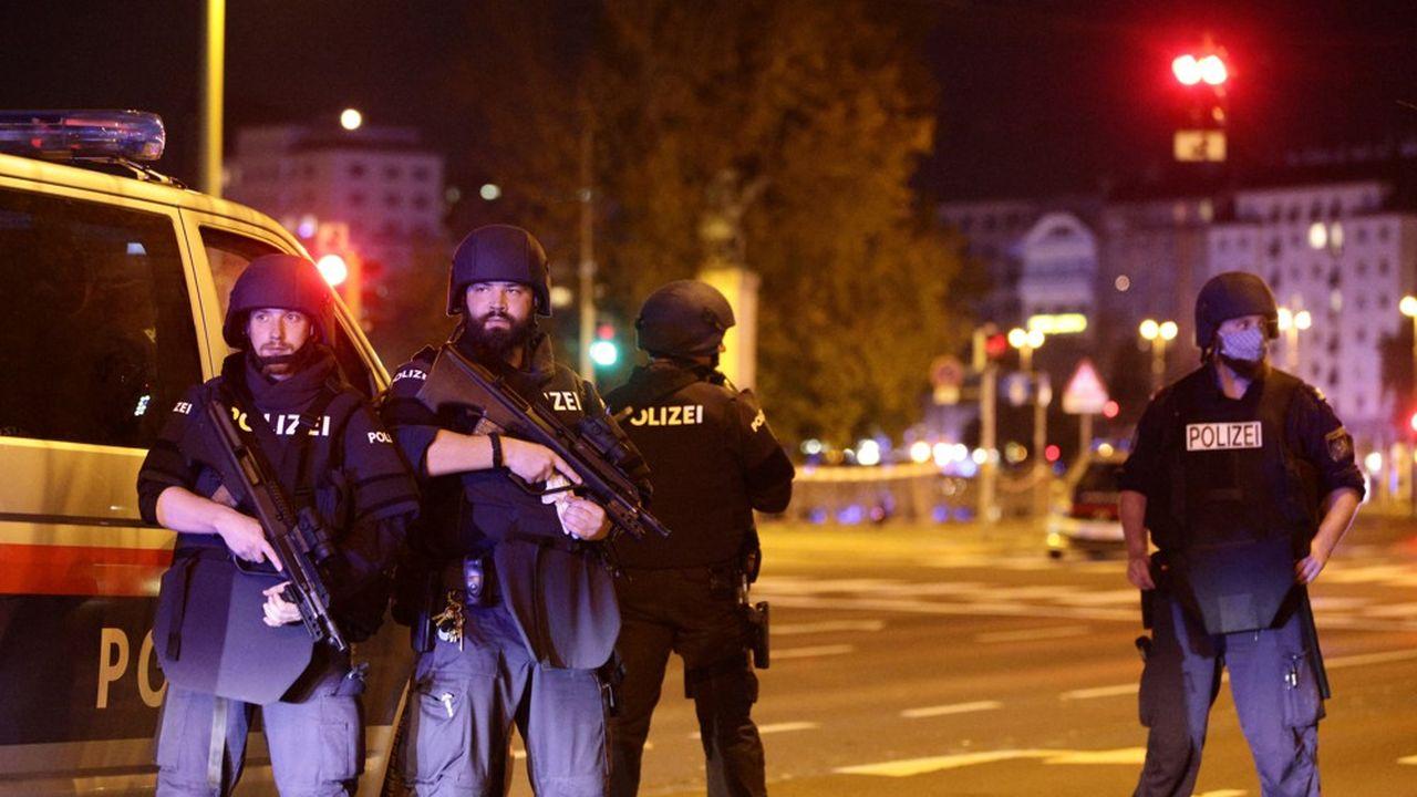 La police en alerte après l'attentat de Vienne.