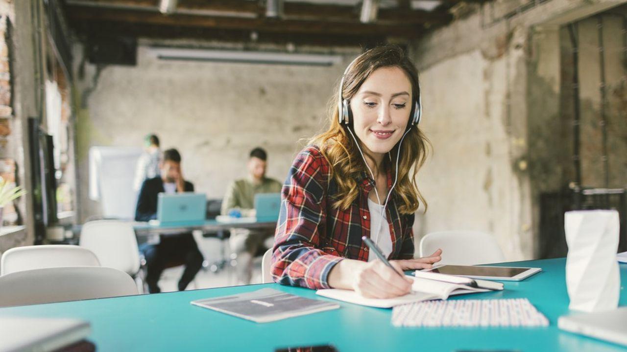 Ces podcasts permettent de s'interroger sur le monde du travail confiné : quête de sens, ambition, découverte de nouveaux métiers...