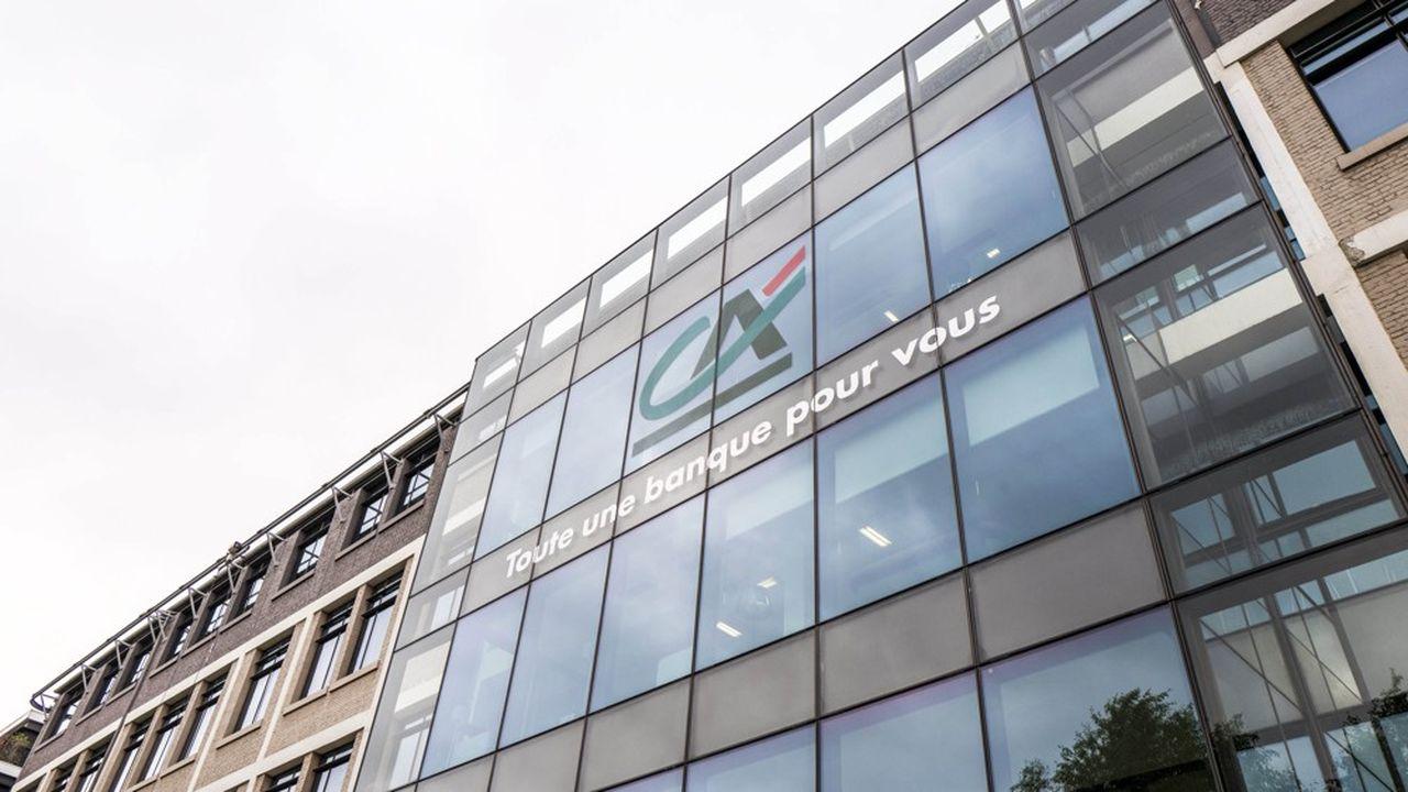 Crédit Agricole SA (CASA), l'entité cotée du groupe mutualiste affiche un bénéfice net de 977millions d'euros, en repli de 18,3% sur un an.