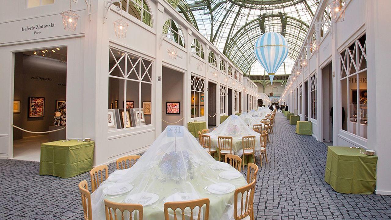 Installation pour le dîner d'ouverture de la Biennale des Antiquaires de 2012 au Grand Palais.