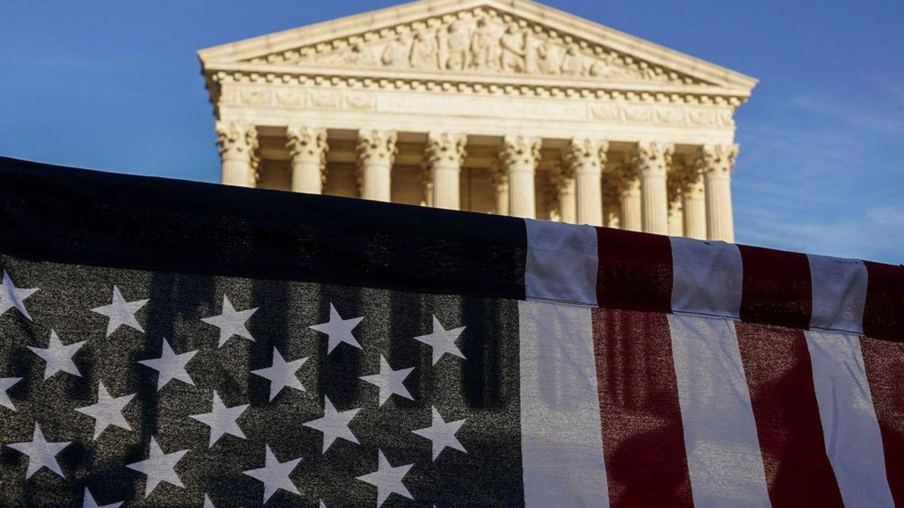 Les tribunaux, et notamment la Cour Suprême, pourraient devoir trancher le résultat des élections.