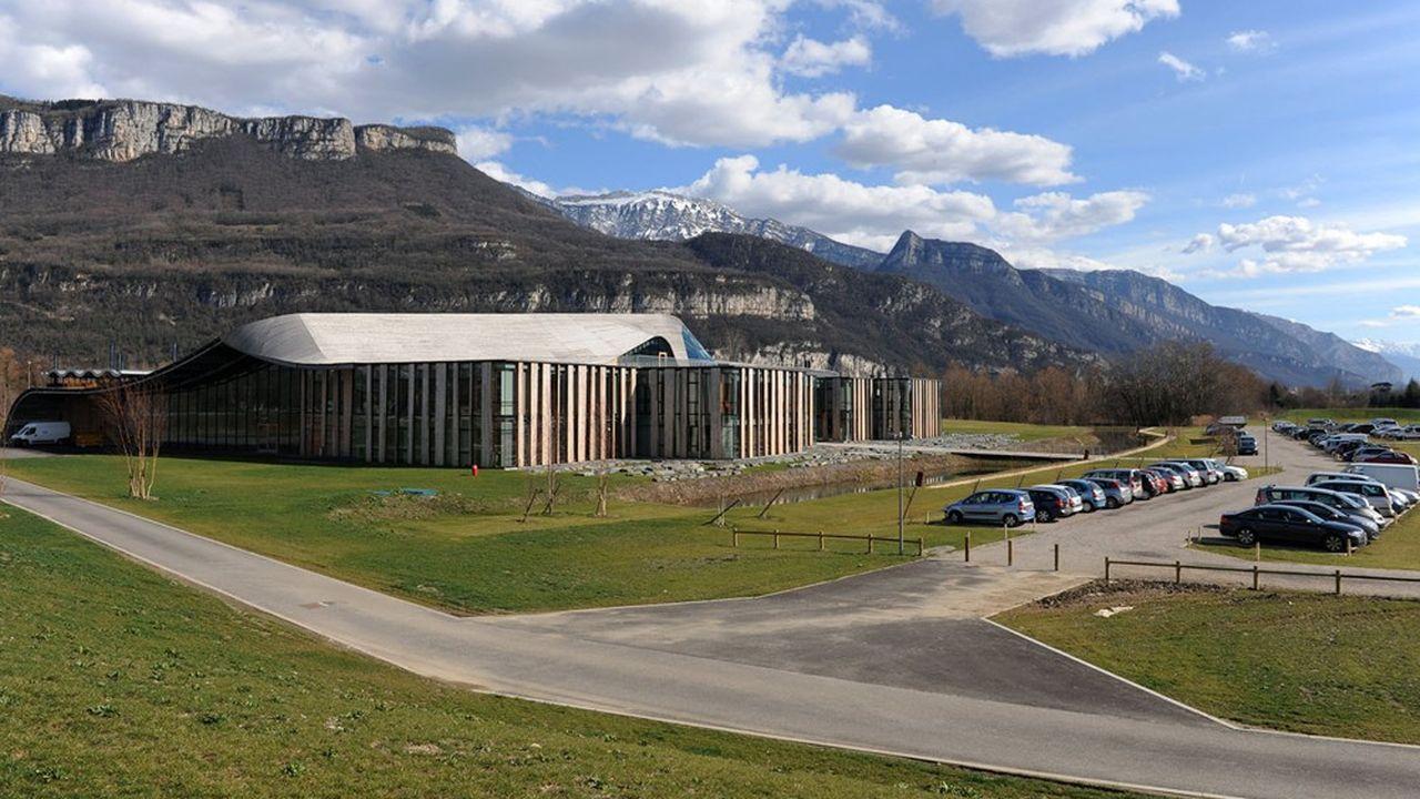 Basé à Saint-Jean-de-Moirans (Isère), Rossignol s'apprête à accueillir à sa direction générale un spécialiste du textile et du commerce électronique.