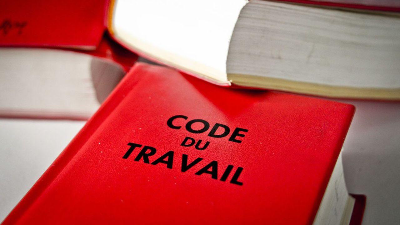 Cette irruption de la «soft law» dans le droit du travail date du début du quinquennat Macron.