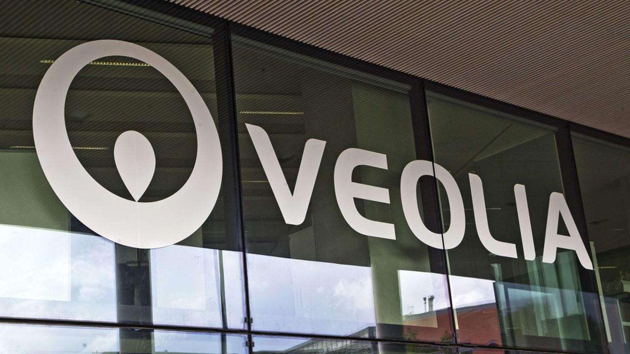 Grâce aux économies de coûts supplémentaires mises en oeuvre pour compenser la crise sanitaire, Veolia a dégagé sur le trimestre écoulé un résultat brut d'exploitation en hausse de 2,5% sur un an à base comparable.