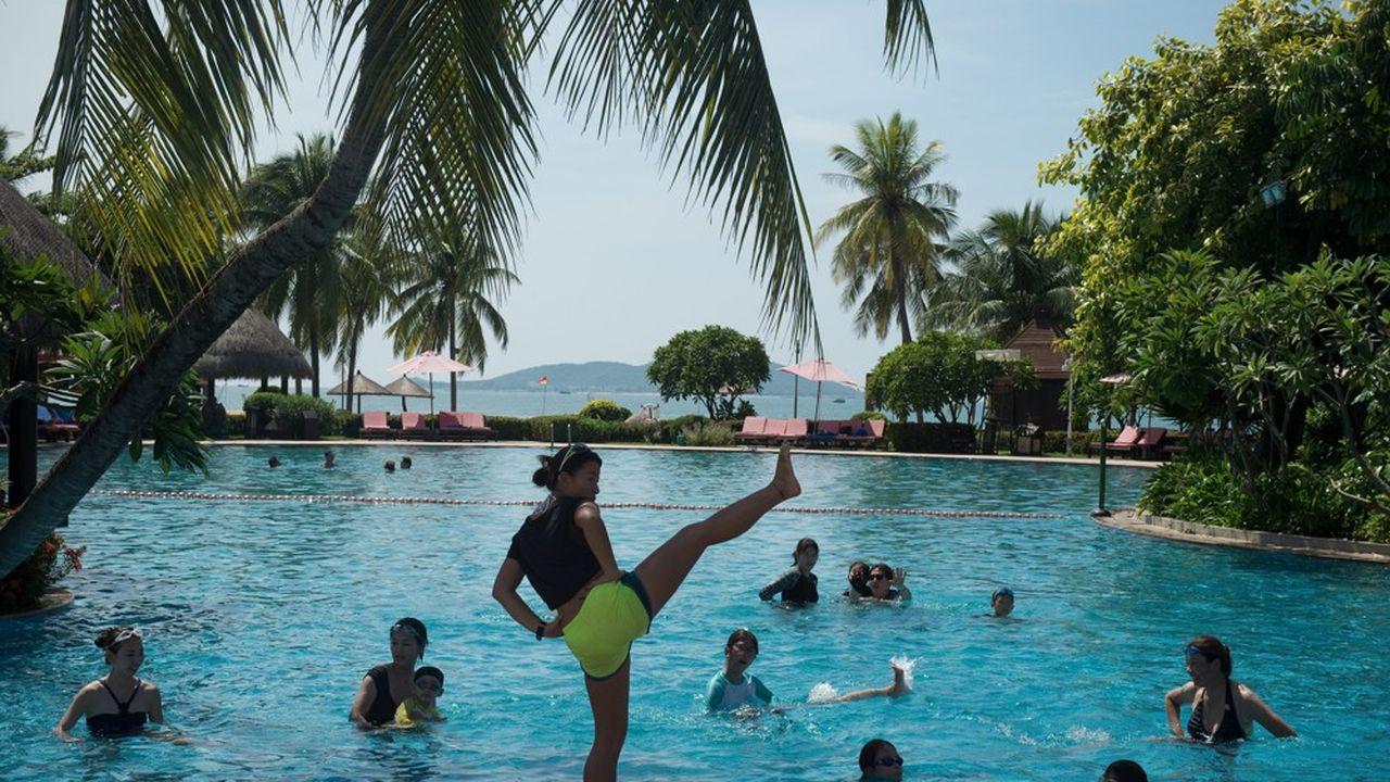 La Chine fait plus que jamais figure de pays stratégique pour Club Med avec sept projets à réaliser d'ici à deux ou trois ans, soit un doublement de son parc.Elle est son deuxième marché après la France avec un peu plus de 200.000 clients l'an dernier.